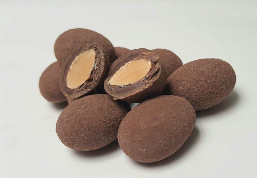 Mandeles piena - karameļu šokolādē